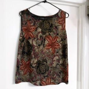 GILDED FLORAL BLACK SLEEVELESS TOP,